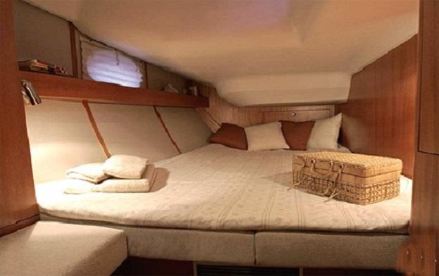 Elan 434 cabin