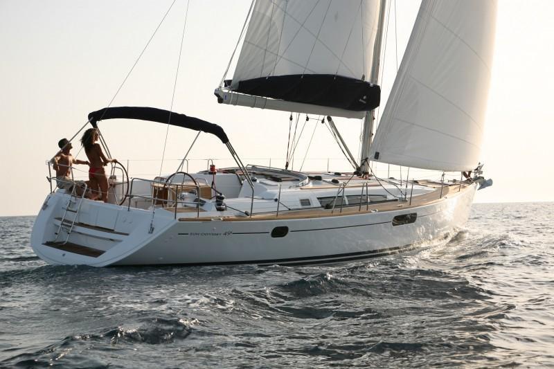Sun-Odyssey-49i-eolia-yacht-club-