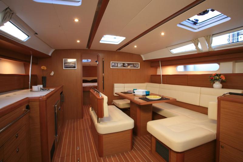 Sun-Odyssey-49i-eolia-yacht-club-Greece