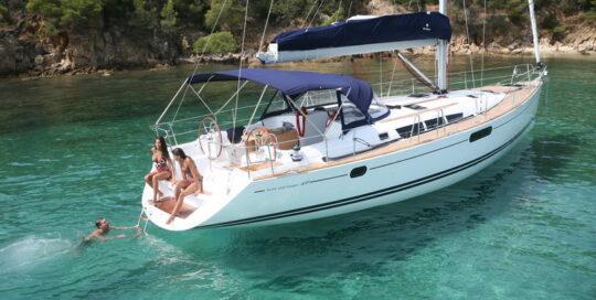 Sun-Odyssey-49i-eolia-yacht-club